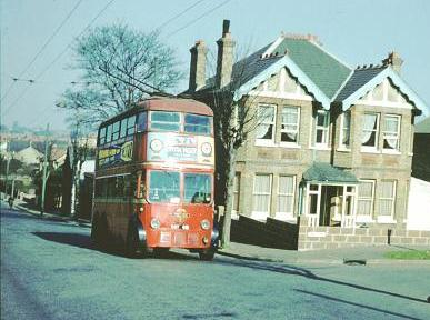 Trolleybus 491 climbs Ringstead Road